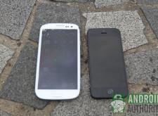 iPhone 5與Galaxy S III,誰比較耐摔?